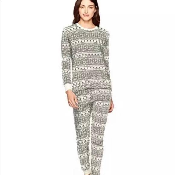 77a53bf524 Burt s Bees Baby Adult Family Holiday Pajamas XS